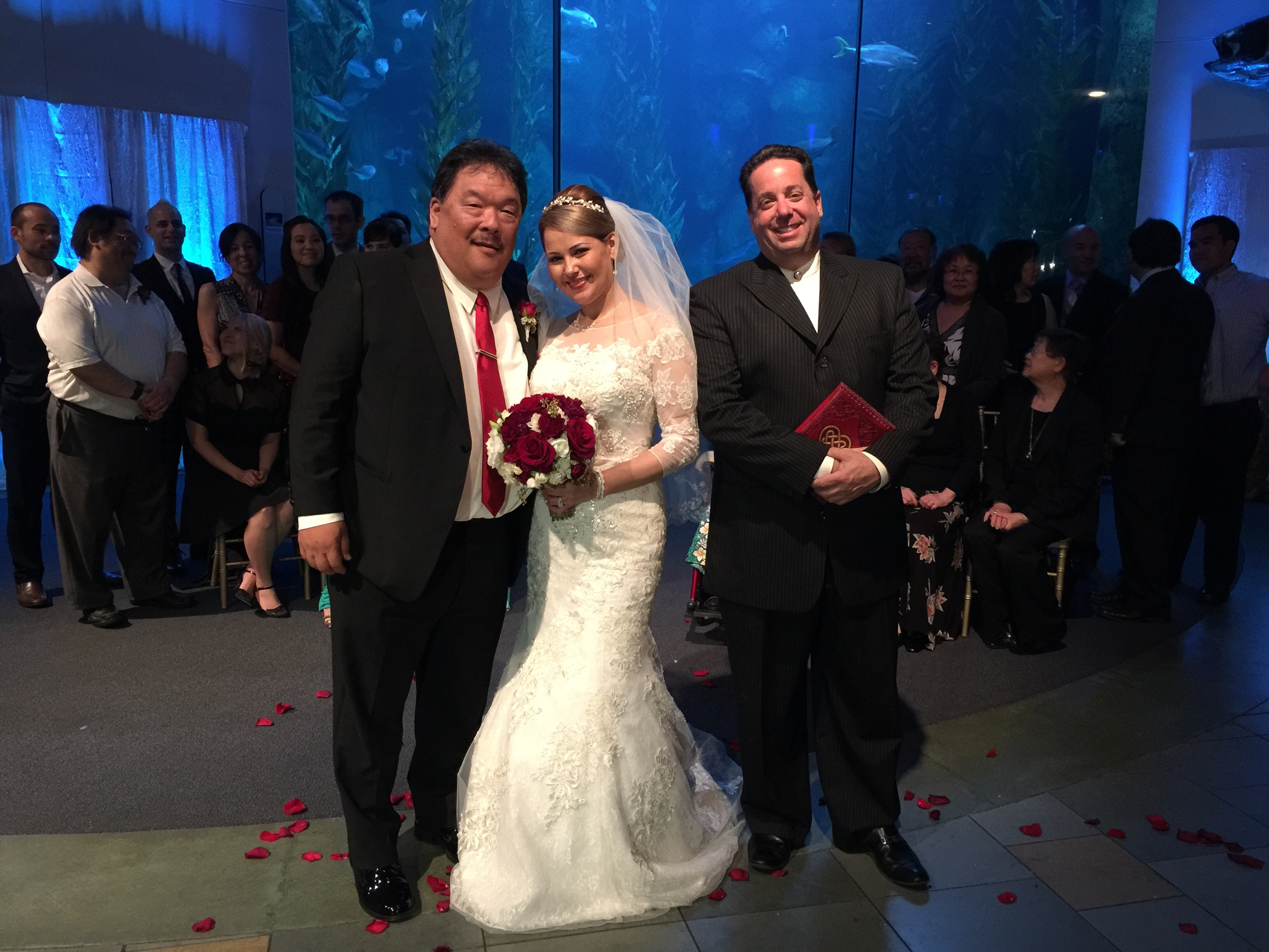 wedding at the aquarium of the pacific in long beach