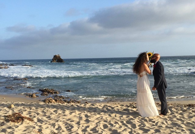 Diana Alvarez And Rob Cintron Were Wed At Sunset Sunday May 1 Little Corona Del Mar Beach