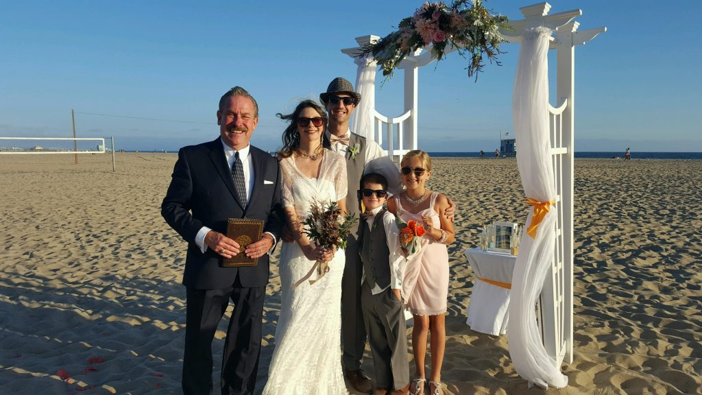 Great Officiant Greg Has A Beautiful Beach Wedding In Santa Monica